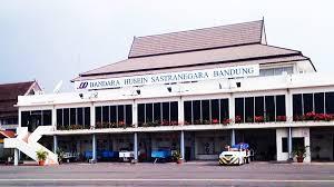Bandara Husein Jadi Pusat Penerbangan Pesawat Baling-Baling